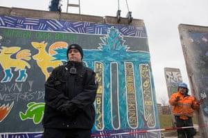 Berlin wall art : Berlin wall art