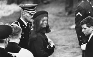 Elliott Erwitt: Jackie Kennedy, Arlington, Virginia, 1963