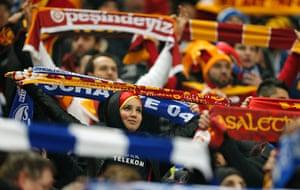 schalke: Galatasary fans