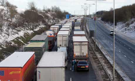 Snow halts traffic at Channel Tunnel
