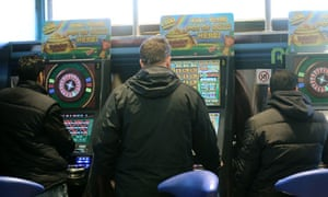 Gamblers on the roulette machine