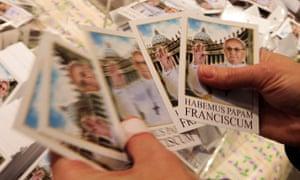 Pope souvenir photos