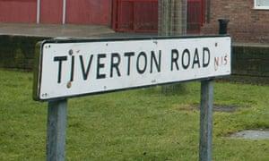 Tiverton road sign