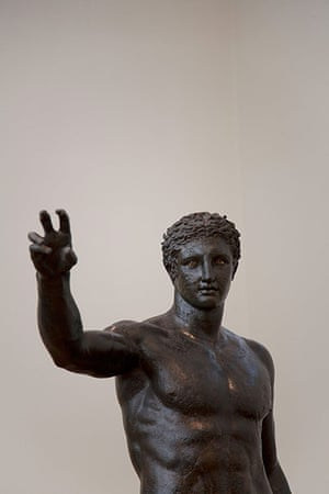 Antikythera shipwreck: Bronze statue of a youth from the Antikeythera shipwreck