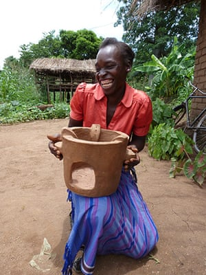 Sustainable and efficient stove production in Malawi