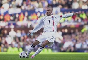 England kits: David Beckham Takes The Equalizing Free-kick against Greece