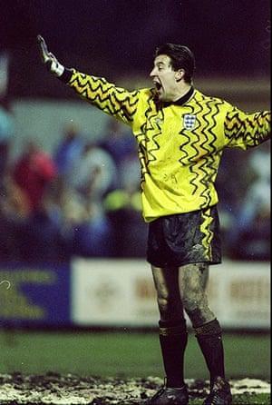 England kits: Nigel Martin of England
