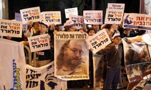 Israeli protesters demonstrate outside the US President's residence calling for the release of Jonathan Pollard, a Jewish American who was jailed for life in 1987 on charges of spying.