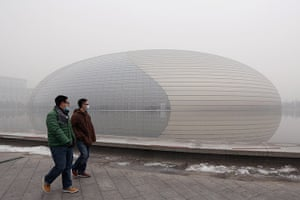 Business and Human Rights: Beijing Air Pollution Reaches Dangerous Level