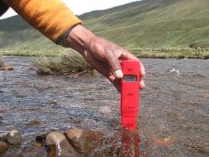 pH measurement river