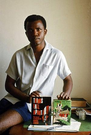 Chinua Achebe gallery: Chinua Achebe 1960