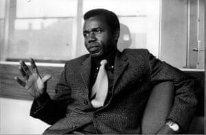 Chinua Achebe gallery: Chinua Achebe 1967
