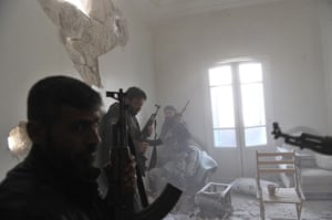 24 hours: syrian rebels take position in Aleppo