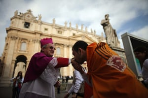 24 hours: the palm sunday celebrations in st peter's square