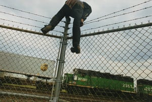 Train Riders: Scaling fence
