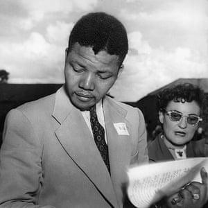 Mandela Obit Gallery: Mandela And First