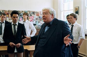 Richard Griffiths obit: 2006: Dominic Cooper & Richard Griffiths in 'The History Boys' directed By