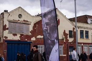 Tottenham v Arsenal: Bale banner