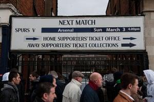 Tottenham v Arsenal: Fans arrive