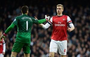 Tottenham v Arsenal: Mertesacker goal