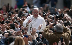 Easter Sunday: Pope Francis greets the faithful