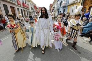 Easter Sunday: Resurrection Parade in Valencia