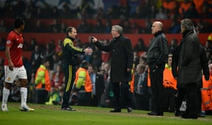 Man Utd v Real Madrid: Sir Alex Ferguson berates the 4th official
