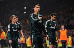 Man Utd v Real Madrid: Cristiano Ronaldo puts his hand on his heart