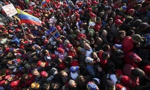 Chavez funeral: Hundreds of supporters of Venezuelan President Hugo Chavez gather