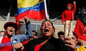 Chavez funeral: Supporters of Venezuela's late President Hugo Chavez shout slogans