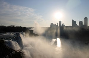 Readers' travel March: Niagara Falls