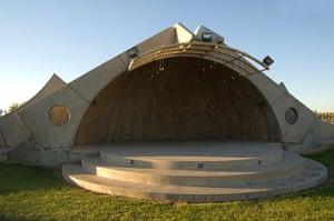Paolo Soleri: The Glendale Community College Amphitheater, Arizona