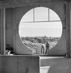 Paolo Soleri: Round Window in the Crafts III Building at Arcosanti