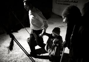 Giles Duley: Syrian family at a refugee camp