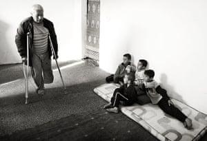 Giles Duley: A Syrian refugee farmer on his crutches