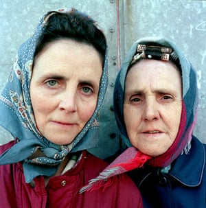 Big Picture - Rob Bremner: two old ladies with headscarves on