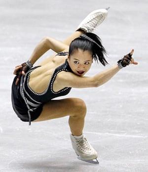ISU World Team Trophy: Akiko Suzuki