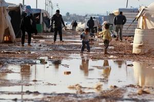 Zaatari refugee camp: Syrian refugees children