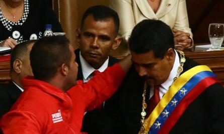 Nicolás Maduro sworn in