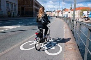Smart Cities Gallery 1: Smart Cities: cycle lanes