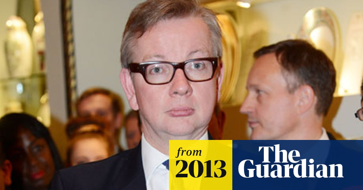 Michael Gove backs creation of Royal College of Teaching in