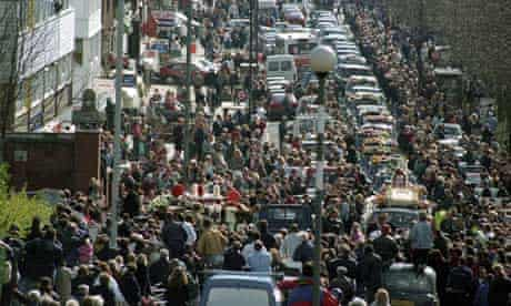 Ronnie Kray funeral in London in 1995