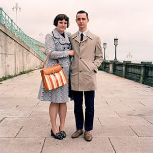 big pic - mods : mod couple standing outside in front of pier