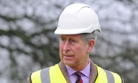 Prince Charles inspects work at Llwynywormwood
