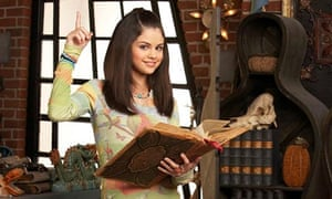 Gomez in Wizards Of Waverly Place, 2007.