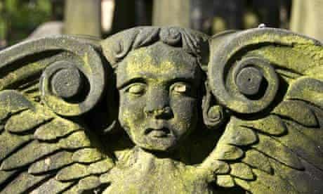 Angel gravestone, cemetery, Church of St. Cuthbert