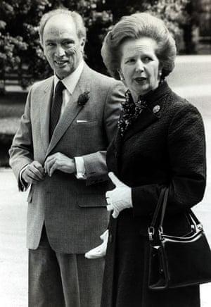 Margaret Thatcher: gloves and handbag