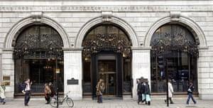 restaurant gallery: The Wolseley, London