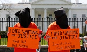 Protestors call for the closure of the Guantánamo Bay prison camp