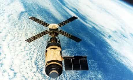 Skylab orbiting the Earth in 1979